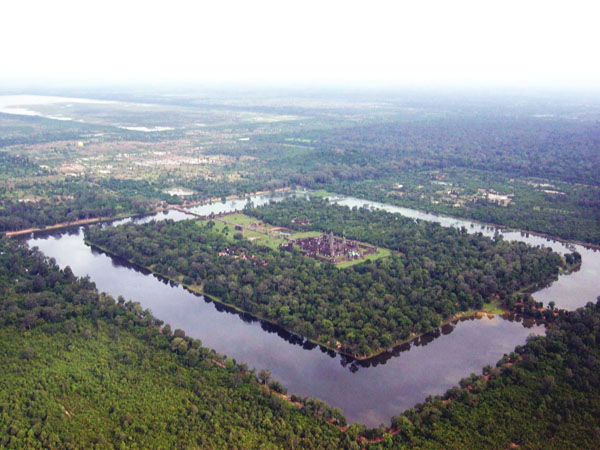 angkor-wat-from-the-air